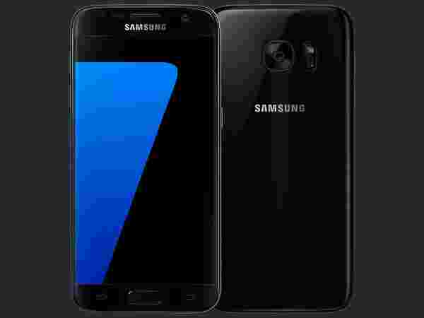 Samsung Galaxy S7 (MRP: Rs 46,000, Offer Price: Rs 30,990)