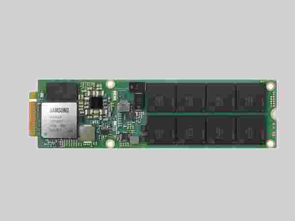 Samsung 8TB NGSFF NVMe SSD (PM983)
