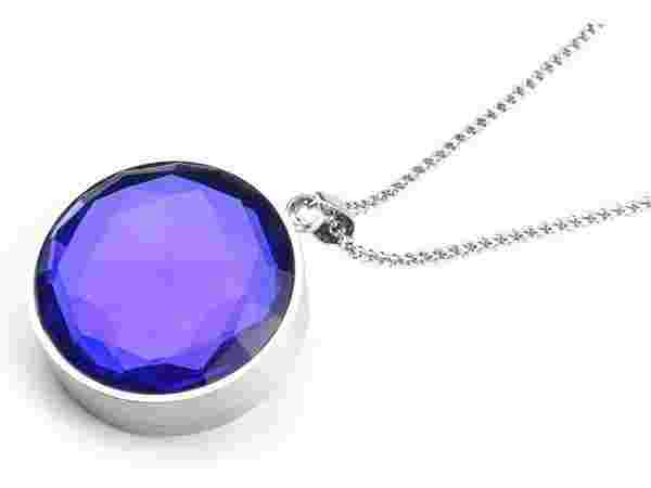 SAFER Smart Jewellery- Pendant with White Safer V1.0