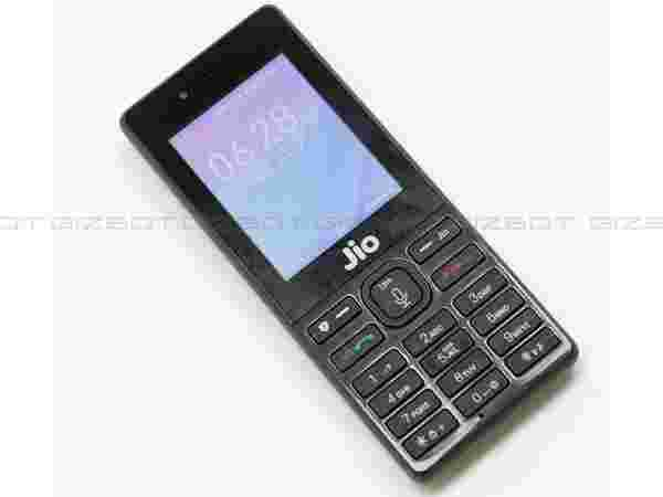 How to book JioPhone on MobiKwik