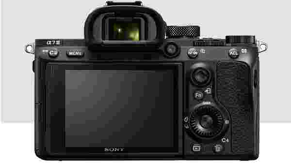 5-axis optical in-body image stabilization with a 5.0 step shutter speed