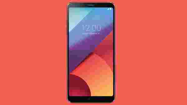 LG G6 (EMI starts at Rs 1,426. No Cost on EMI)