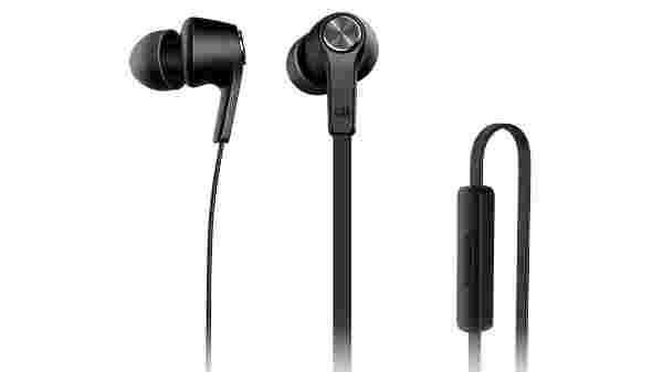 38% off on Mi Basic In-Ear Headphones with Mic (Matte Black)