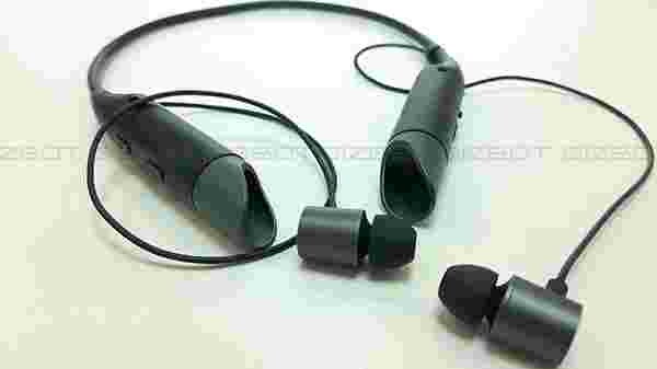 553ac102a68 Mivi has overall done a good job in designing the Collar earphones.  Features and specifications