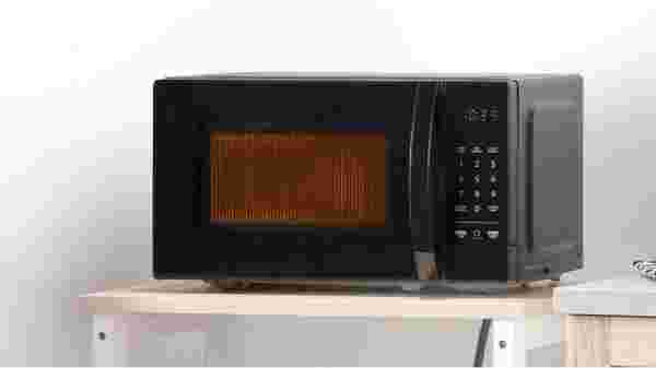AmazonBasics Microwave design and specifications