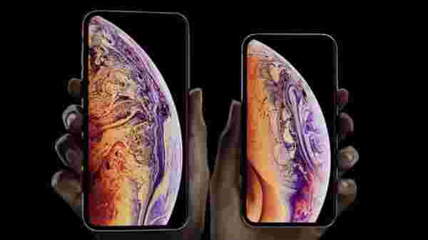 Apple iPhone Xs (After Discount Rs 99,632 MRP: Rs 99,900)