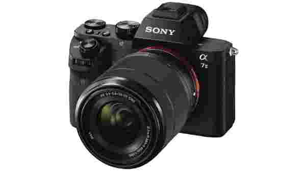 8% off on Sony ILCE-6300L Mirrorless Camera with 16-50mm Lens  (Black)