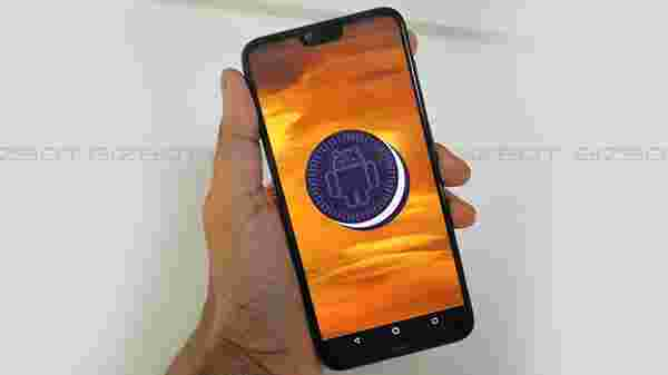 Nokia 6.1 Plus( MRP: Rs 17,600 ,After Discount: Rs 14,999  )