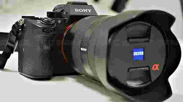Sony A7 R III Camera Specifications