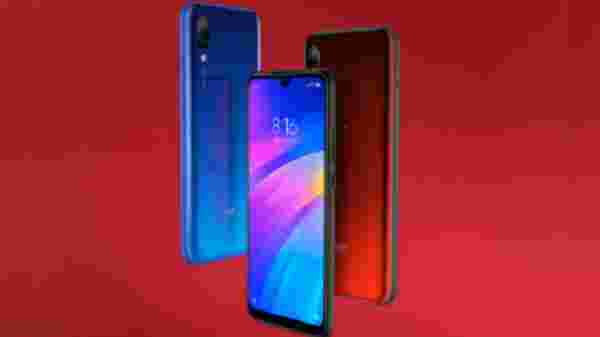 Redmi 7 (EMI starts at Rs 424)