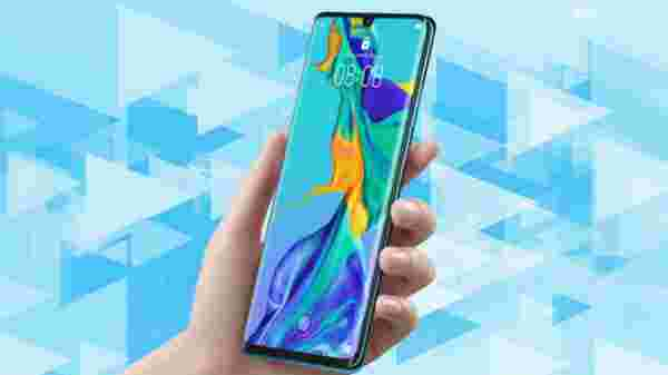 Huawei P30 Pro (EMI starts at Rs 3,389 per month)