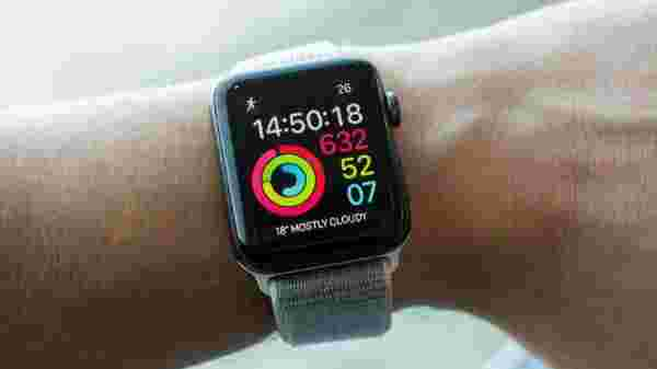 Apple Watch Series 3 for Rs 25,900