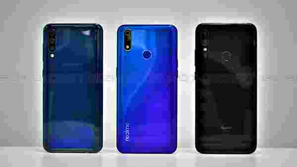 Design: Redmi Note 7 Pro looks and feels premium than the other two