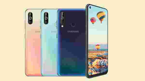 Samsung Galaxy M40 (EMI starts at Rs 941)