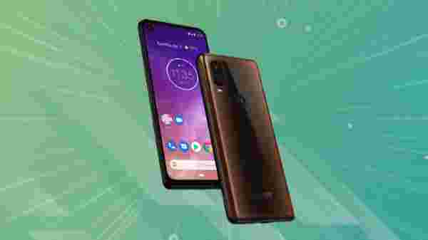 Motorola One Vision (MRP: Rs. 22,999: After Discount: Rs. 14,999)