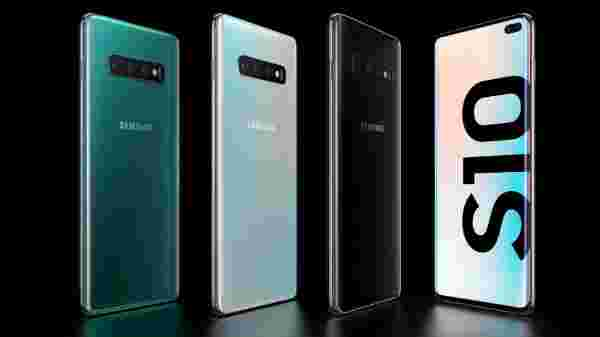 Samsung Galaxy S10 Plus (MRP: Rs. 73,900)