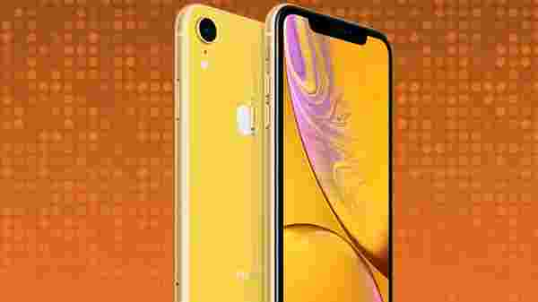 Apple iPhone XR (No cost EMI Rs 3,992/month)