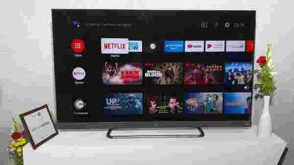 TCL C8 Series 55-inch and 65-inch 4K AI Smart TVs