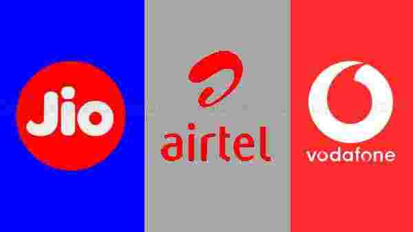 Reliance Jio Vs Airtel Vs Vodafone Postpaid Plans:  Price And Offers Under Rs. 1,600