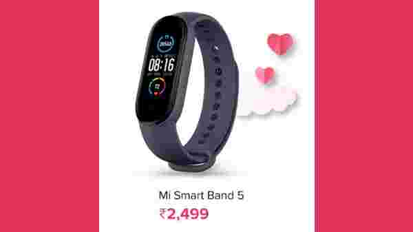 Mi Smart Band 5 (Discount Price: Rs. 2,499, MRP: Rs. 2,999)