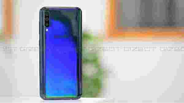 Samsung Galaxy A50 (7,633 ratings)
