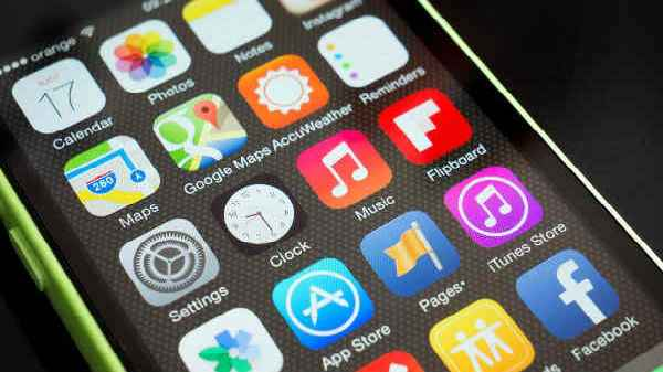 Facebook, UC Browser, WhatsApp and other most downloaded