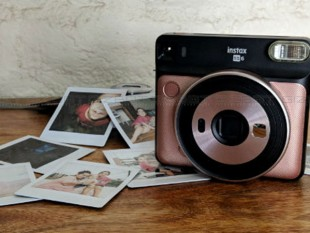 Fujifilm Instax Square SQ6 Instant camera Review Images